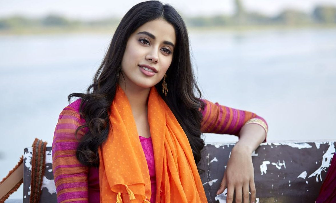 JANHVI KAPOOR Biography (Age, Height, Education, Boyfriend & Family)