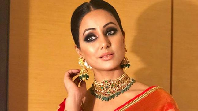 HINA KHAN Biography (Age, Height, Career, Relationship & Family)