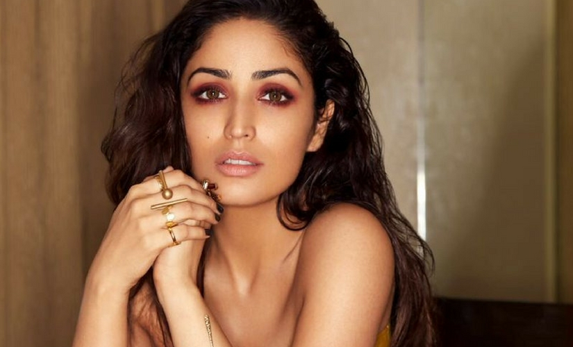 YAMI GAUTAM Biography (Age, Height, Career, Family, Awards, Relationship & Facts)