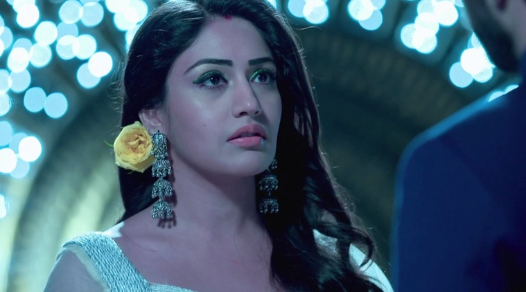 Surbhi Chandna Biography – Age, Height, Instagram, Twitter, Family & More